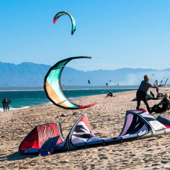 Atia Kite Camp Май 2021 кайт уроци 1-ви -3-ти Май